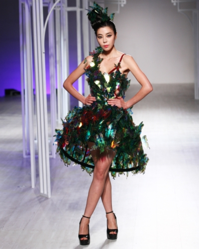 lie-sang-bong-asian-couture-fashion-week-2012-bangkok-show-decor-xmas